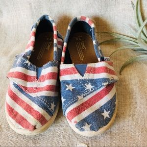 Toms • American Flag Shoes